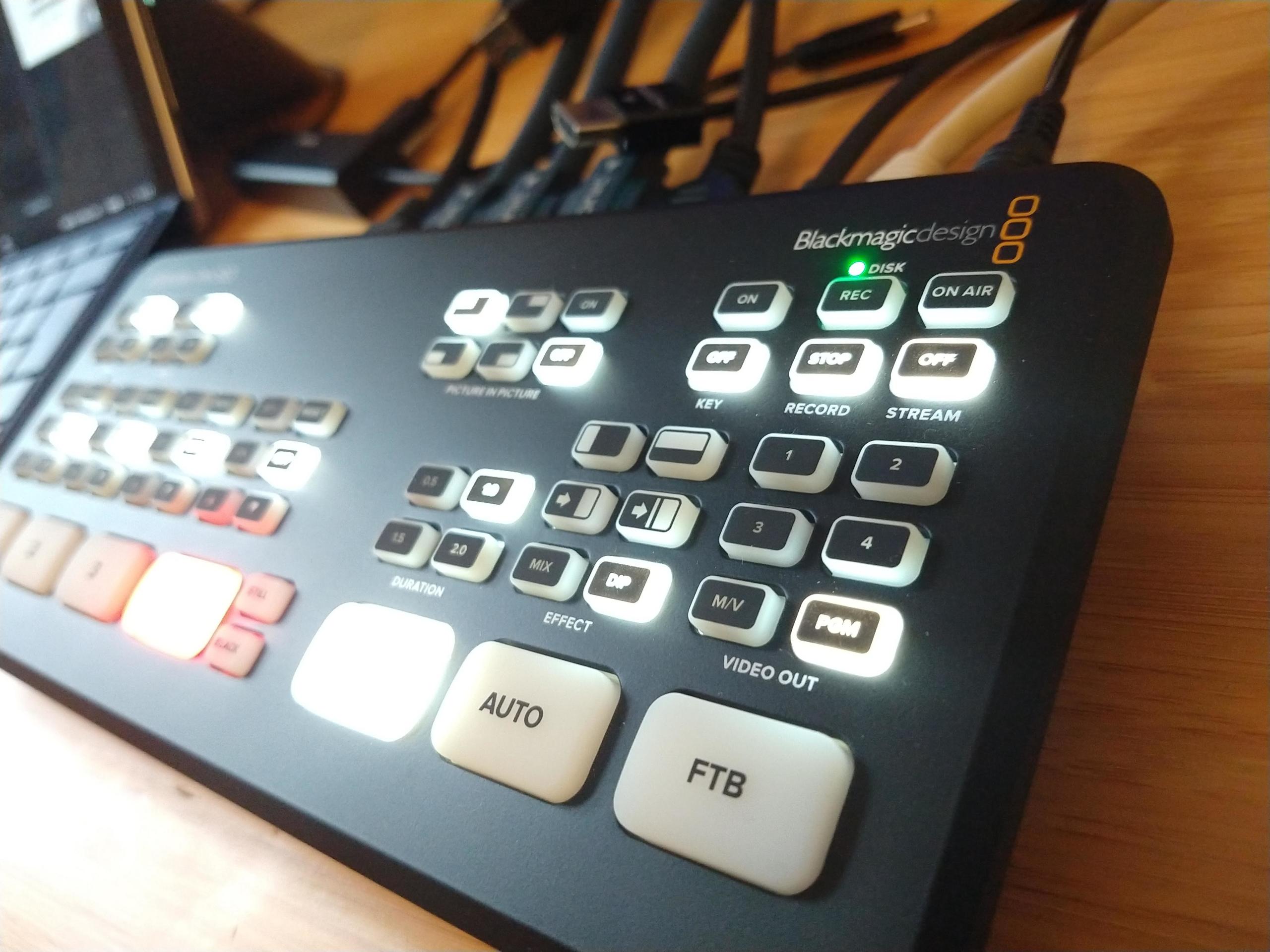 Augenblick_film_livestreaming_udstyr_Atem_mini_pro_iso